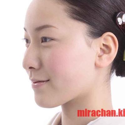 kyoto-kazurasei-natural-camellia-lip-gloss-sakura