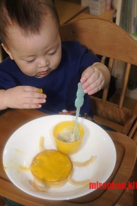 Cho bé ăn sáng với bánh Pancake