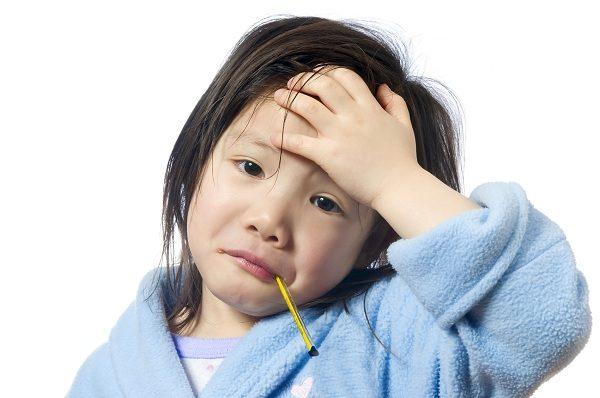Cách xử lý sốt cao và co giật ở trẻ em Nhật Bản