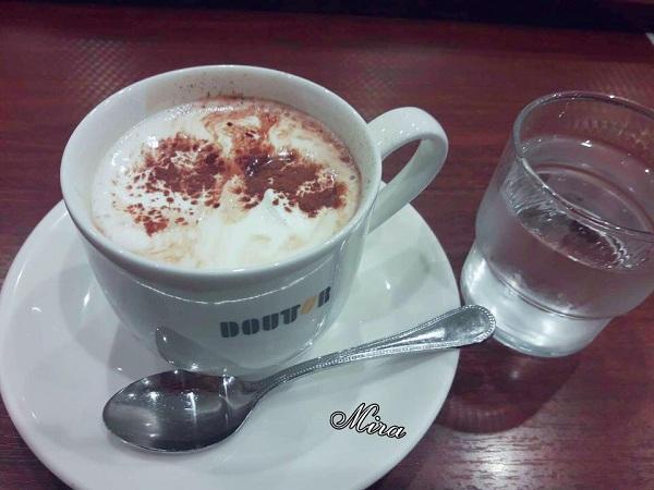 Cà phê khuya ở Nhật
