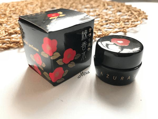 Nước hoa khô Nhật Bản